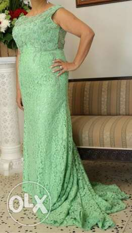 Two Elegant Evening Dresses فرن الشباك -  2