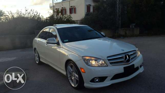 2009 mercedes white color