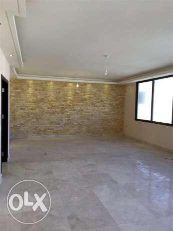Zareef: 200m apartment for rent مصطبة -  1