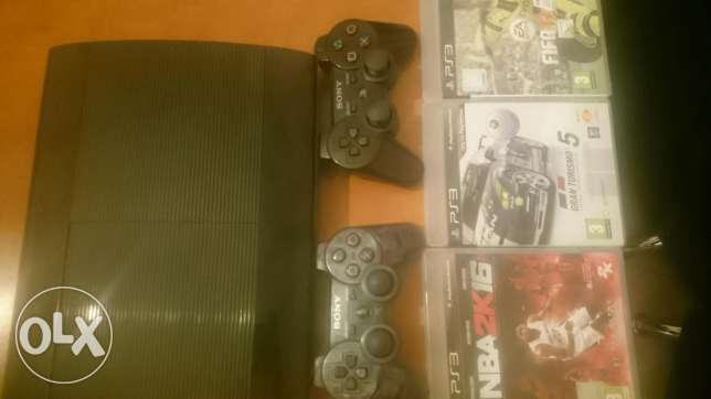 Ps3 +3games+2controllers