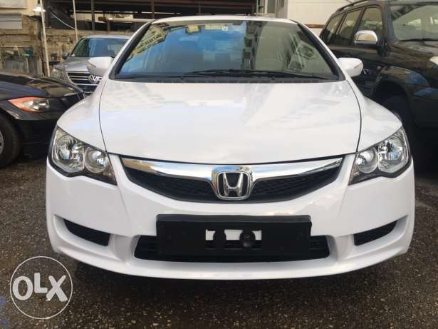 honda civic exi model 2009.(شركه)
