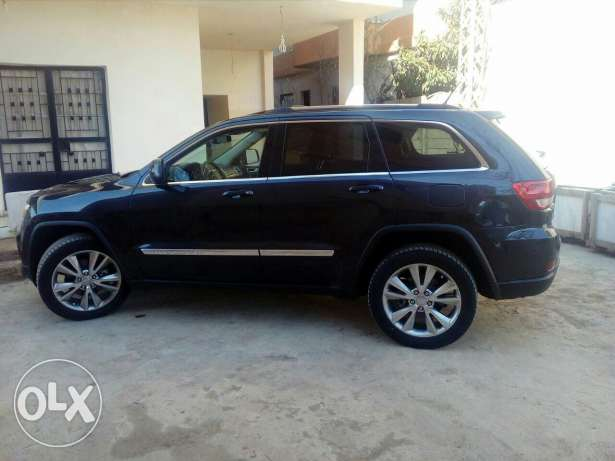 New grand cherokee for sale 2012