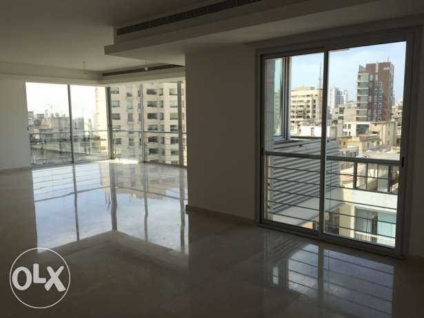 Achrafieh furnished luxury 3 Bdr Apt for rent أشرفية -  6