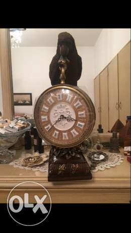wooden eagle clock