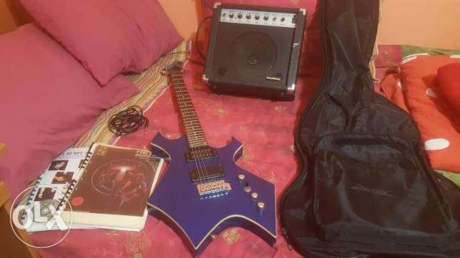 Electric guitar package for beginners