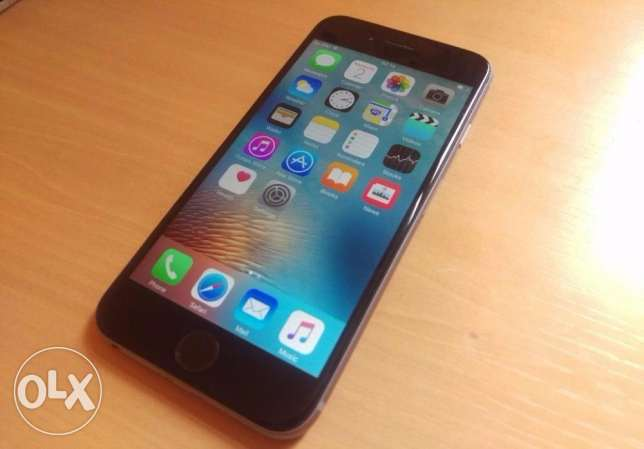 Apple iphone 6, 64gb, unlocked in (mint condition)