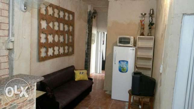Room for rent راس  بيروت -  1
