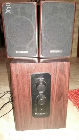 Logitech Z443 Woofer + Speakers