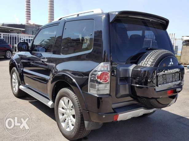 2011 Mitsubishi Pajero Coupe 3.8L Excellent condition Fully loaded