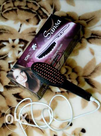 Hair brush straightner لتصفيف الشعر