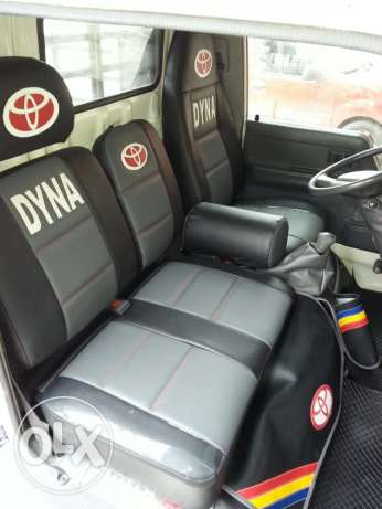 toyota dyna model 1999 عرمون -  2