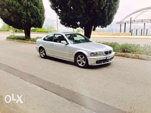 BMW 325 Model 2002 for sale only 5,600$