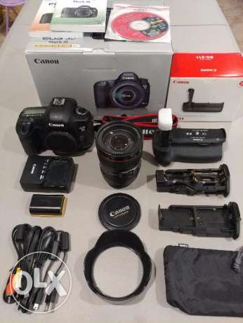 selling eos 5d mark iii with complete kit