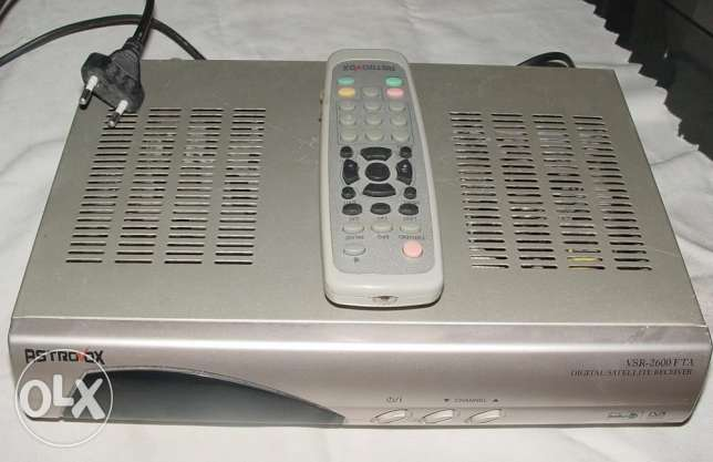 Receiver digital ( Astrovox ) good condition but not full Hd only HD