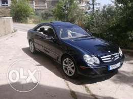 for sale coupe CLK350. color black. interior beige and light brown.