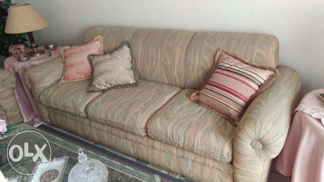 2 Sofa's (one with 3 seats) and (one with 2 seats)