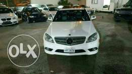 Mercedes C 300 Amg kit 2009 black interior ajnabieh very clean