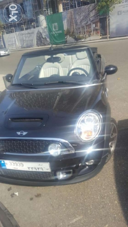 Mini cabriolet - like new