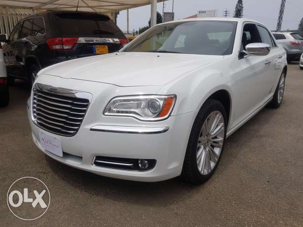 wedding cars for rent or prom !! The new CHRYSLER 300