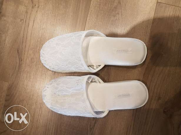 Home shoes (used once)