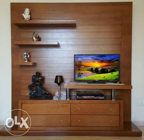 TV cabinet wall mounted shelf