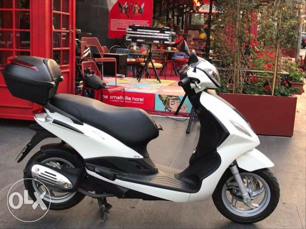 Great deal Paggieo fly 125 cc 2016 for sale