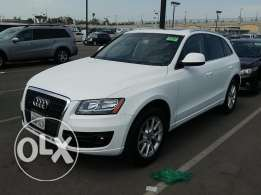 2011 AUDI Q5 4C 2.0T Premuim Excellent Shape! One Owner -Clean Carfax