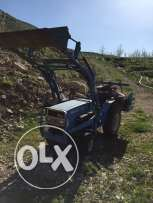 Trackteur with front loader