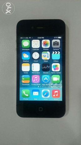Used for sale iphone 4 32 g very very very good condition راس النبع -  3