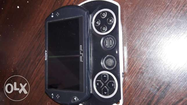 Psp (plastationportabl) n1001 in very goog condition الغازية -  1