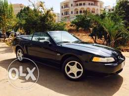 Ford Mustang GT 4.6L Model 2000
