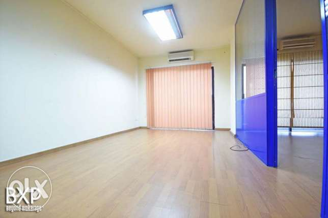 135 SQM Office for Rent in Beirut, Ain El Mraiseh OF5444 راس  بيروت -  6