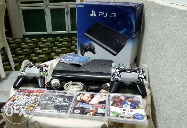 Ps3 500GBvery clean + 4controlle + 5 games.