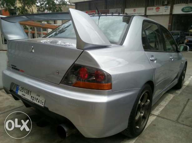 Mitsubishi evolution 9 super clean فرن الشباك -  2