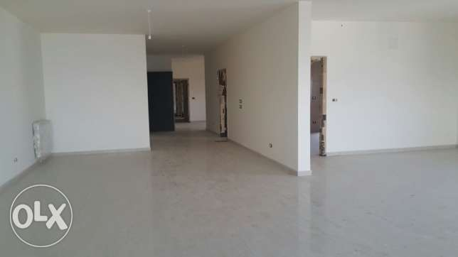 Apartment 320 m2 for sale in Aintoura