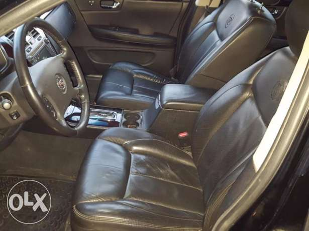 2011 Cadillac DTS Black/Black Leather Company Source 1 Owner As New أشرفية -  6