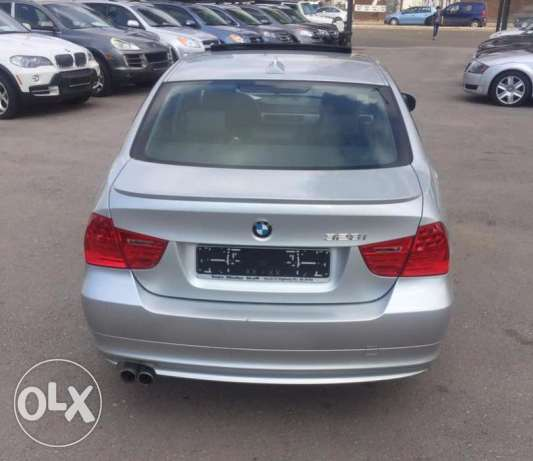 BMW 328i 2009 clean carfax