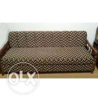 single sofa / bed