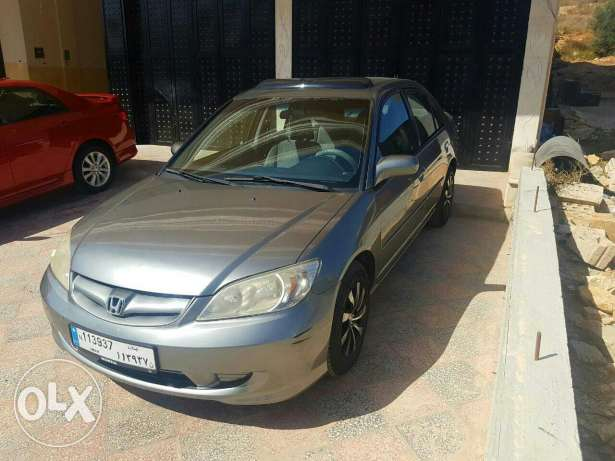 Honda civic 2004 كفر ملكي -  2
