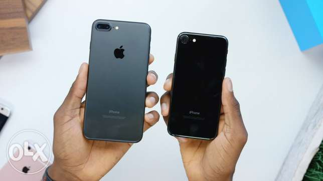 iphone 7 jet black and 7/plus mat black