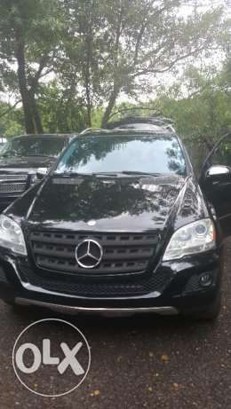 2009 ML350 Sport package. NO accident . SUPER CLEAN. Clean car fax. انطلياس -  2