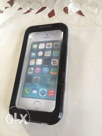 iphone 5, 5s 5c waterproof cover new black color..