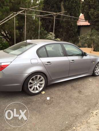 Bmw 520i model 2004 look M5 big screen and leather seats انطلياس -  4