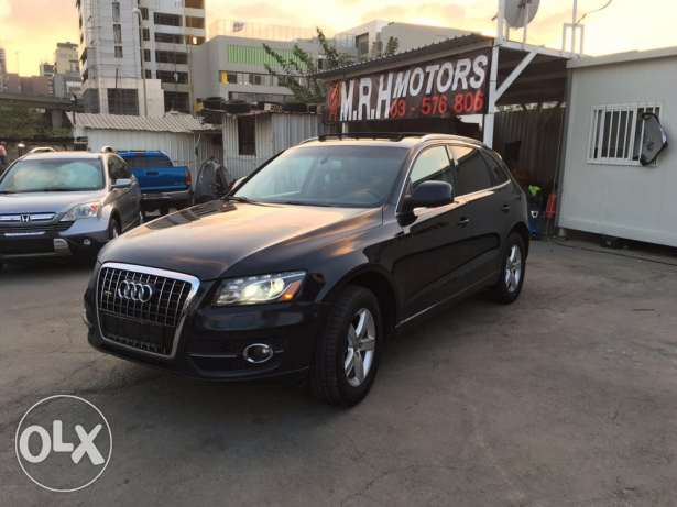 Audi Q5 2.0T 2011 Black/Basket Fully Loaded Clean Carfax Like New! بوشرية -  5