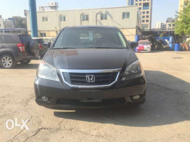 2009 Honda odyssey touring full options