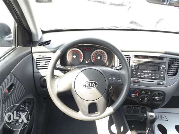 kia rio 2010 very good condition