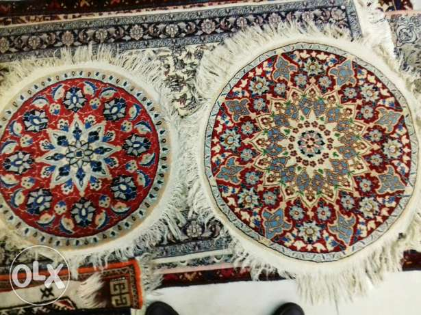 Nain with silk round rugs
