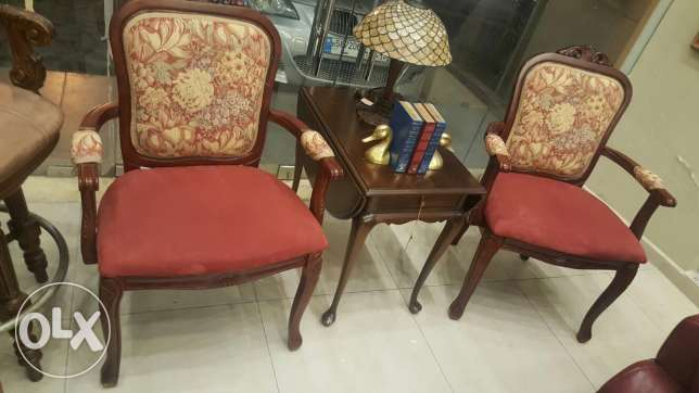 2 Chairs with table. Excellent Condition.