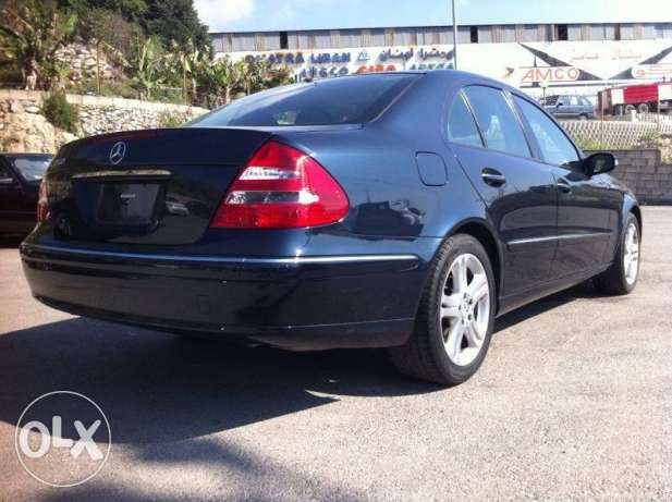 Mercedes E350 mod 2006, Clean Carfax, Like New كسروان -  5