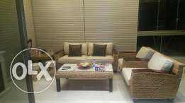 salon bamboo in very good condition
